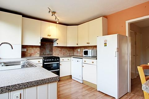4 bedroom terraced house to rent - Wellington Road, Enfield, Middlesex, EN1