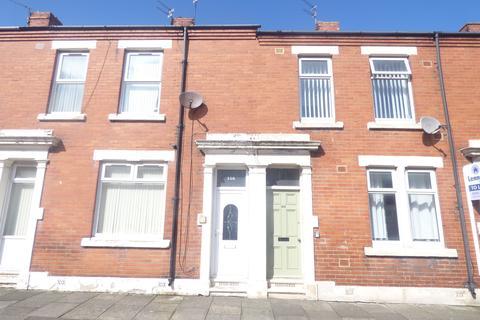 2 bedroom flat to rent - Disraeli Street, Cowpen Quay, Blyth, Northumberland, NE24 1JB