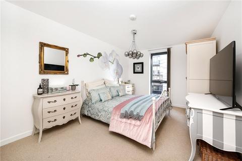 2 bedroom apartment for sale - Chrisp Street, London, E14