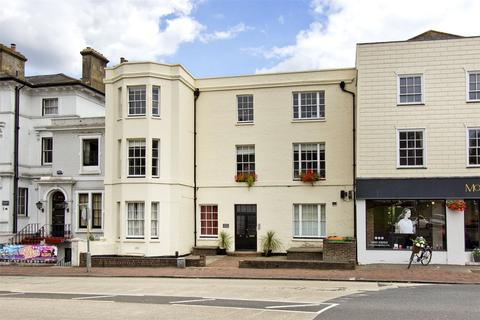 2 bedroom flat for sale - The Pantiles, Tunbridge Wells