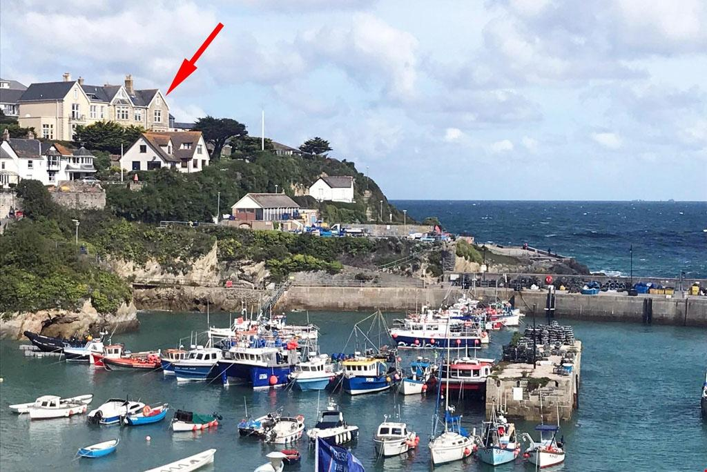 newquay, cornwall 2 bed penthouse for sale - 450,000