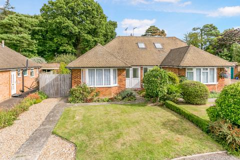 2 bedroom detached bungalow for sale - Derwent Drive, Tunbridge Wells