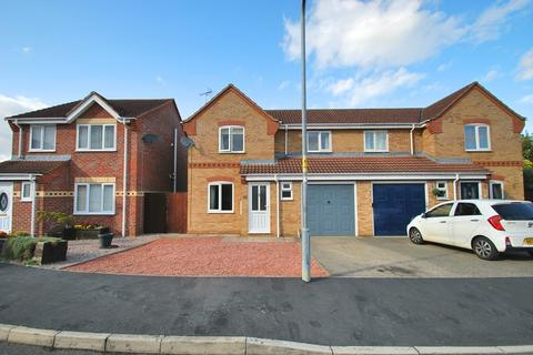 3 bedroom semi-detached house to rent - Bramble Grove, Stamford