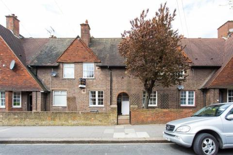 4 bedroom terraced house to rent - Erconwald Street, East Acton