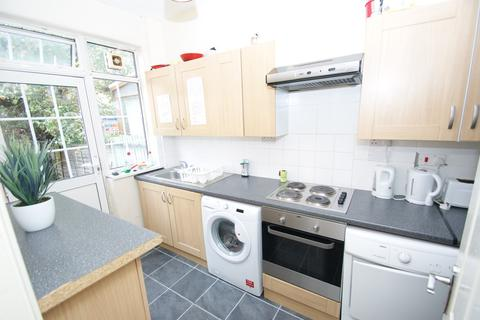 4 bedroom terraced house to rent - Foliot Street, East Acton