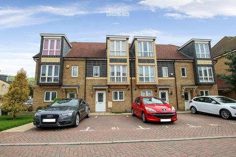 4 bedroom townhouse for sale - Stone House Lane, Dartford