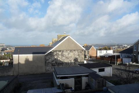 Studio to rent - Mount Wise, Newquay, Cornwall, TR7 1QP