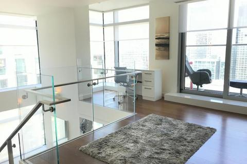 2 bedroom flat to rent - Pan Peninsula Tower East, South Quays, Canary Wharf, Cross Harbour, London, E14 9HL