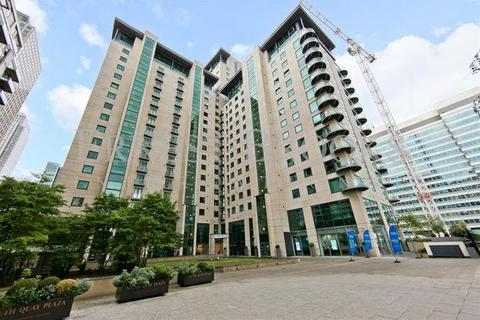 2 bedroom semi-detached house to rent - Discovery Dock West, South Quay Square, Canary Wharf, London, E14 9LT