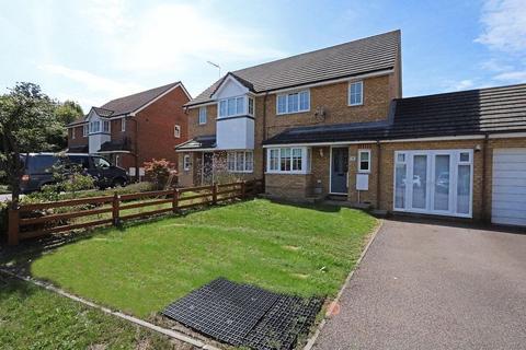3 bedroom semi-detached house for sale - Easby Grove, Monkston, Milton Keynes