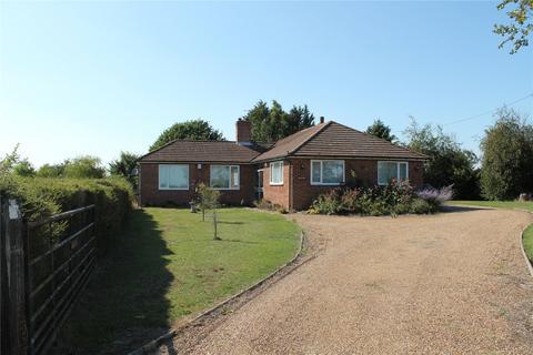 3 bedroom detached bungalow for sale - Maypole Road, Wickham Bishops, Witham, Essex, CM8