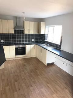 3 bedroom semi-detached house to rent - Swaythling Grove, Stoke-On-Trent,