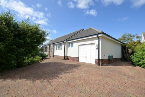 4 bedroom detached bungalow for sale - MANOR VALE ROAD GALMPTON BRIXHAM