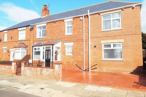 4 bedroom semi-detached house for sale - Lansdowne Terrace West, North Shields