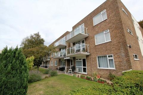 3 bedroom apartment for sale - Grosvenor Road, Westbourne BH4 8BW