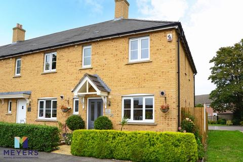 3 bedroom end of terrace house for sale - Squadron Place, Crossways, DT2
