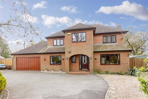 4 bedroom detached house for sale - Thornicombe, Blandford Forum, Dorset