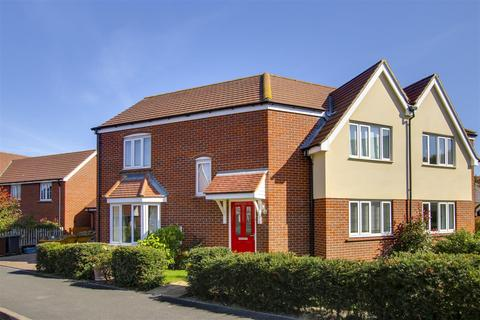 3 bedroom house to rent - Hedley Way, Hailsham