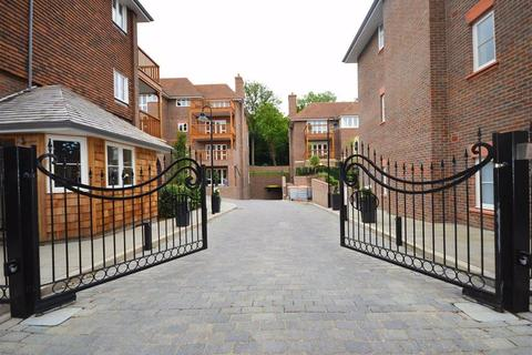 3 bedroom apartment to rent - Collingham House, Mill Hill, London