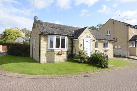 3 bedroom bungalow for sale - Fairfax Grove, Yeadon, Leeds