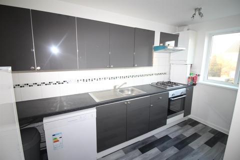 1 bedroom flat to rent - Burncroft Avenue, Enfield