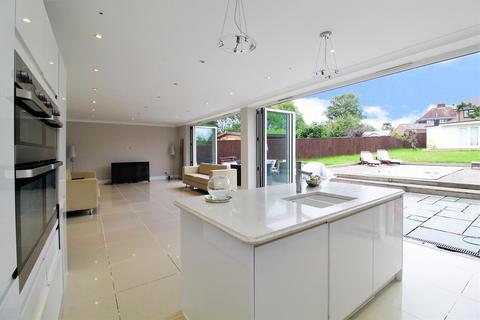 5 bedroom detached house for sale - Bean Road, Bexleyheath