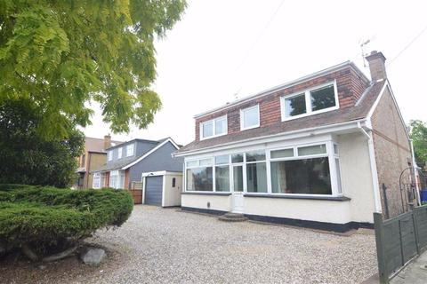 4 bedroom detached house for sale - Southend Road, Stanford-le-Hope, Essex