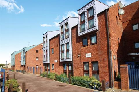 2 bedroom apartment for sale - Enid Blyton House, Aylesbury