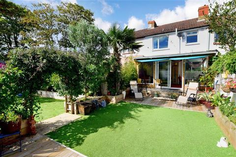 3 bedroom terraced house for sale - Monks Close, Lancing, West Sussex