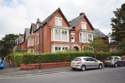 1 bedroom flat to rent - Upper Westby Street, Lytham, FY8