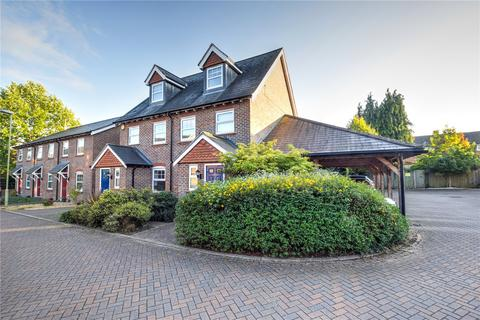 3 bedroom house for sale - Helens Close, Alton, Hampshire