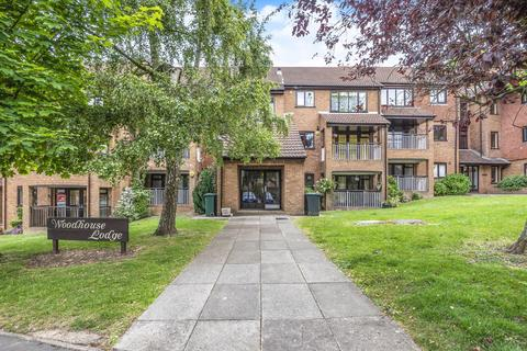 2 bedroom apartment to rent - Woodhouse Eaves, Northwood, HA6 3NF