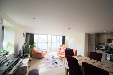 3 bedroom apartment to rent - Burberry House, Bicester Road