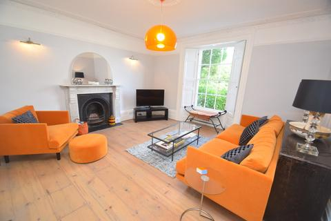 4 bedroom detached house to rent - Kimberley Place, Falmouth