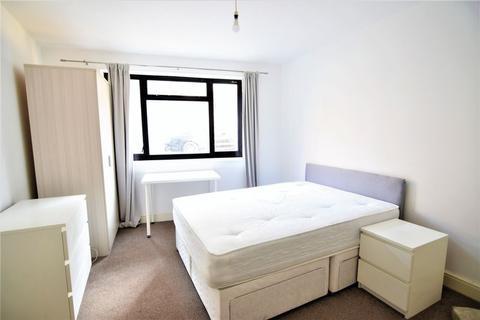 3 bedroom ground floor flat to rent - Cheapside, Brighton