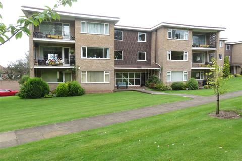 2 bedroom apartment to rent - Vesey Close, Four Oaks, Sutton Coldfield