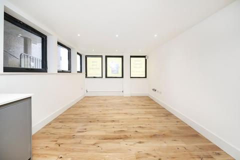 Studio for sale - Plumstead High Street, London, SE18