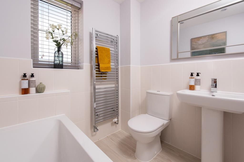 Queensville bathroom