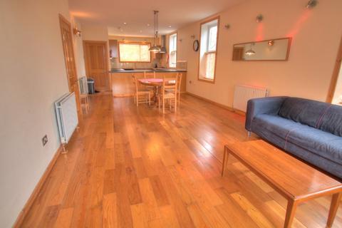 3 bedroom flat to rent - Bishops Avenue, Arthurs Hill, Newcastle upon Tyne, NE4