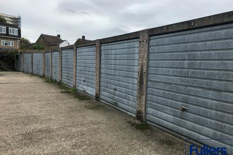 Garage to rent - 88 Goats Lane, Enfield, Middlesex EN1