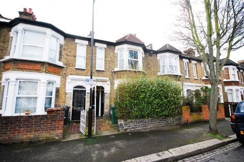 2 bedroom flat - Morley Road, Leyton