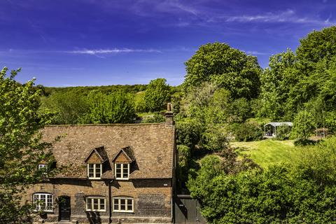 4 bedroom character property for sale - 3 Place Manor Cottages , Streatley on Thames, RG8