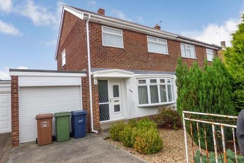 3 bedroom semi-detached house to rent - Lambton Drive, Hetton-le-Hole, Houghton Le Spring, Tyne and Wear, DH5 0ER
