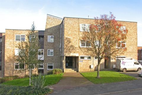 1 bedroom apartment to rent - Hilltop Road, Berkhamsted, Hertfordshire, HP4
