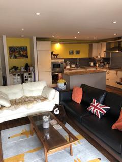 2 bedroom flat to rent - Templeton Court, Glasgow Green, Glasgow G40