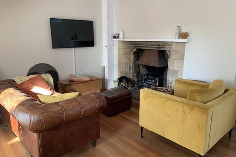 2 bedroom terraced house to rent - School Court, St. Mary's Street