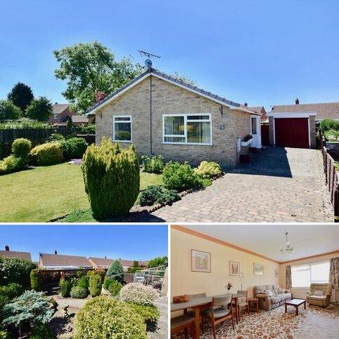 2 bedroom detached bungalow for sale - Halifax Close, Pocklington