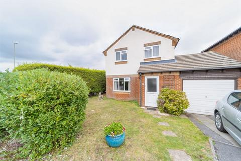 4 bedroom detached house for sale - Martin Close, Lee-on-the-Solent, Hampshire