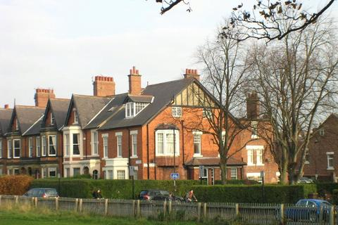 5 bedroom terraced house to rent - Jesmond
