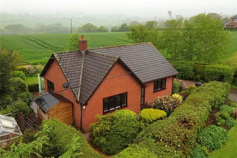 2 bedroom detached bungalow to rent - Middletown, Welshpool, Powys